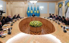 Meeting with leading foreign experts participating in the XI Astana Economic Forum
